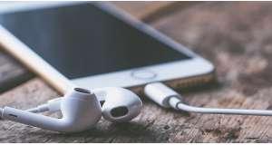 Hogyan töltsünk zenét iPhone-ra?
