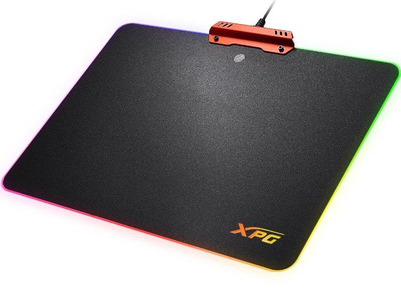 ADATA XPG INFAREX M10 Vezetékes egér + XPG INFAREX R10 Egérpad